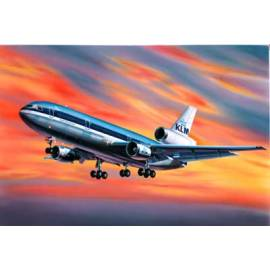 REVELL 1:320 McDonnell Douglas DC-10 (04211)