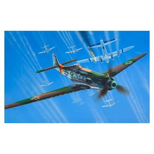 REVELL 1:72 Focke Wulf Ta 152 H (63981)