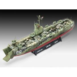 REVELL 1:144 U.S Navy Landing Ship Medium (05123)