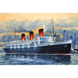REVELL 1:570 RMS Queen Mary (05203)