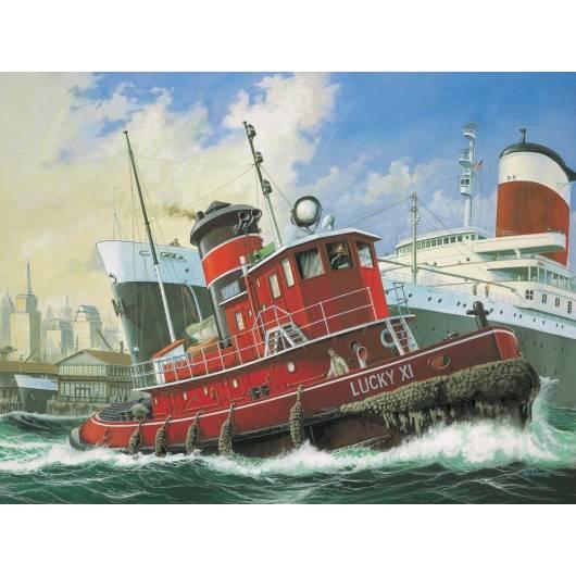REVELL 1:08 Harbour Tug Boat (05207)