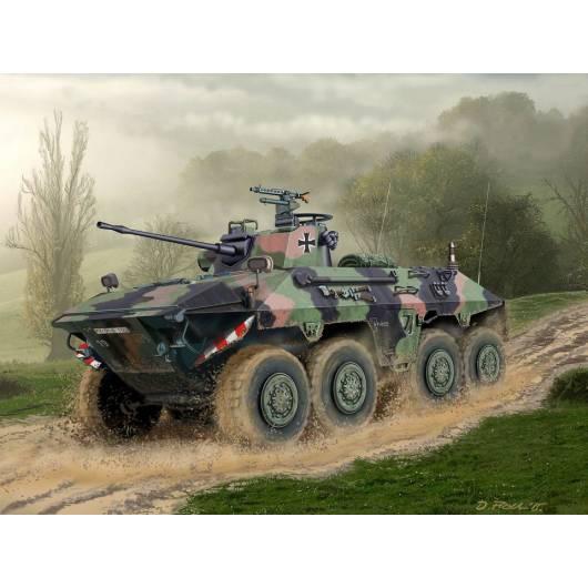 REVELL 1:72 SpPz 2 Luchs - niemiecki bojowy wóz rozpoznawczy (03208)